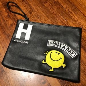 CLRIDE.n Mr. Happy Large Zippered Pouch 😍
